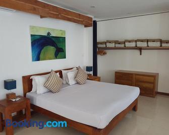 Sunset Hill Hotel - Labuan Bajo - Slaapkamer