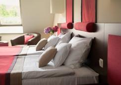 Rubin Wellness & Conference Hotel - Budapest - Bedroom