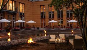 Hotel Elbflorenz Dresden - Dresden - Gebouw