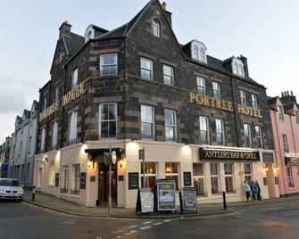 The Portree Hotel - Portree - Building