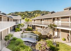 UpValley Inn and Hot Springs Ascend Hotel Collection - Calistoga - Bâtiment