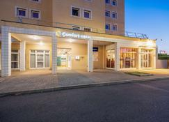 Comfort Hotel Montlucon - Montluçon - Bygning