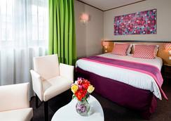Hotel Paris Louis Blanc - Paris - Bedroom