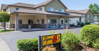 Super 8 by Wyndham Gresham/Portland Area OR - Gresham - Edificio