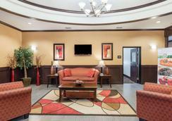Quality Inn & Suites - Groesbeck - Lobby