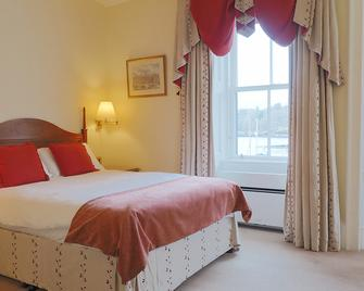 The Royal Hotel - Stornoway - Bedroom