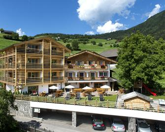 Hotel Arvina - Seis am Schlern - Gebäude