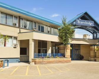 Travelodge by Wyndham Edmonton East - Edmonton - Building