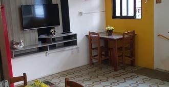 Hostel Maragogi - Maragogi - Dining room