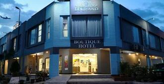 De Grand Boutique Hotel - Sepang