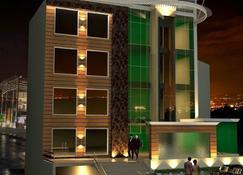 Hotel New York Plaza - Una - Κτίριο