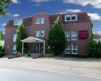 Designhotel Im Südfeld - Камен - Building