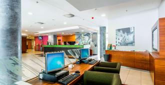 Courtyard by Marriott Pilsen - Pilsen - Front desk
