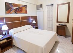 Hotel Benidorm Panama - Panama City - Bedroom