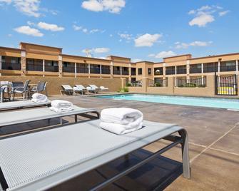 Best Western Nursanickel Hotel - Dalhart - Pool