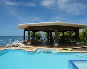 Hotel Miraflores - El Cuco - Pool