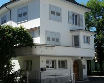 Villa Grazia - Bed & Breakfast - Romanshorn - Edificio