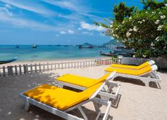 Coral View Apartment - Ko Tao - Beach