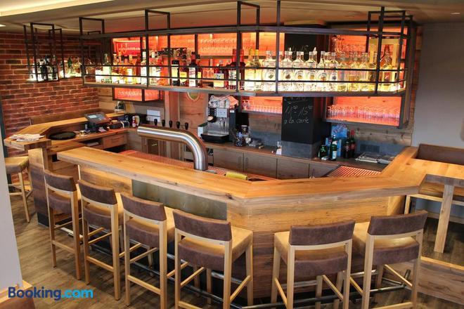Gasthaus Waldschlosschen - Wattenbach - Bar