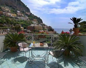 Hotel Royal Prisco - Positano - Building