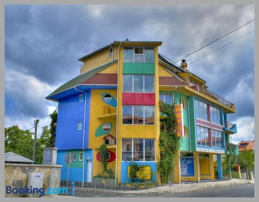 The Colourful Mansion Hotel - Akhtopol - Building