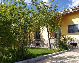 A casa di Emy - Баришано - Вигляд зовні