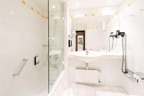 Living Hotel Weißensee by Derag - Berlin - Bathroom