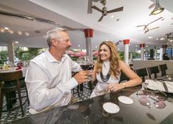 Brickell Bay Beach Club & Spa - Adults Only - Noord