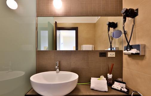 Best Western Plus Hotel Farnese - Πάρμα - Μπάνιο