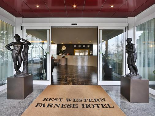 Best Western Plus Hotel Farnese - Parma - Hành lang