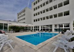 Best Western Plus Hotel Farnese - Πάρμα - Πισίνα