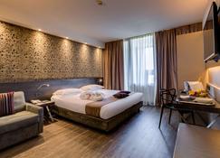貝斯特韋斯特法爾內塞酒店 - 帕馬 - 帕爾馬 - 臥室