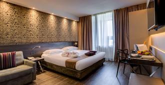 Best Western Plus Hotel Farnese - פארמה