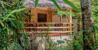 Bamboo Bungalows - Boracay