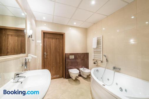 Hotel Filmar - Toruń - Bathroom