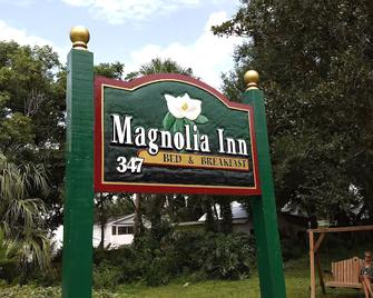 Magnolia Inn Bed & Breakfast - Mount Dora - Building