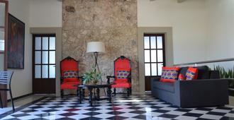 Hostal Boutique Casa Balche - Campeche - Sala de estar