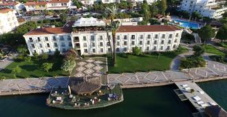 Ece Saray Marina & Resort - Special Class - Fethiye - Building