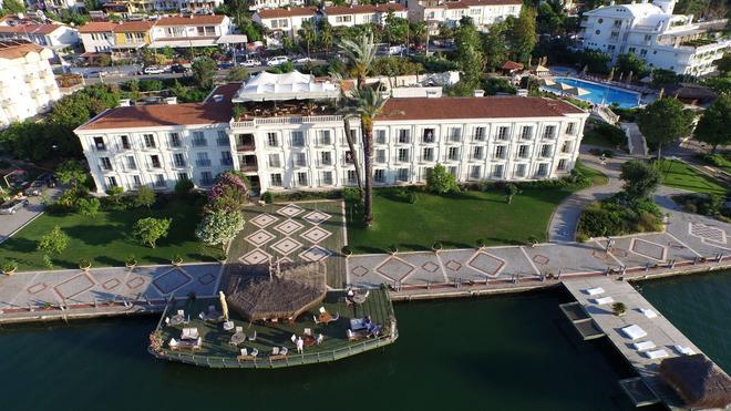 Ece Saray Marina & Resort - Special Class - Fethiye - Rakennus