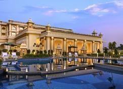 Indana Palace Jodhpur - Jodhpur - Piscina