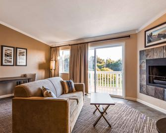 Best Western Inn at Face Rock - Bandon - Вітальня