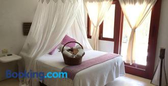 Hotel Casa Takywara - Holbox - Bedroom