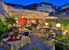 Best Western Hotel Heidehof - Хермансбург - Ресторан