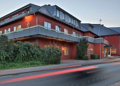Best Western Hotel Heidehof - Хермансбург - Здание