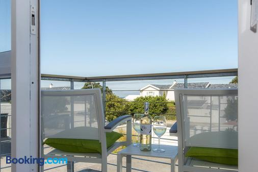Bamboo Guest House - Hermanus - Balcony
