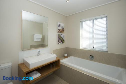 Bamboo Guest House - Hermanus - Bathroom