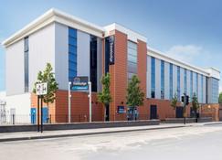Travelodge Middlesbrough - Middlesbrough - Building