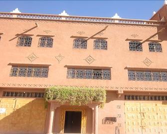 Hotel Awayou - Kelaat Mgouna - Building