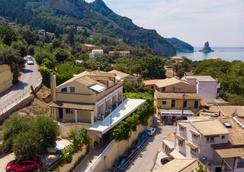 Sebastian's Family Taverna & Accommodation - Corfu - Outdoor view