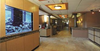 La Quinta Inn & Suites by Wyndham Springfield South - Springfield - Recepción